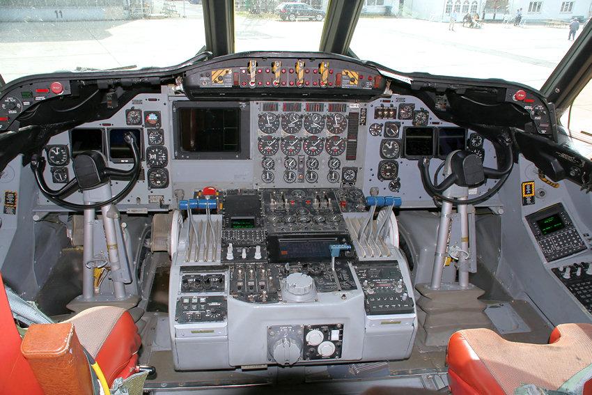 orion spacecraft cockpit - photo #28