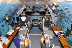 Antonov An-124 Cockpit Pictures