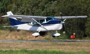 Cessna 205 Photos