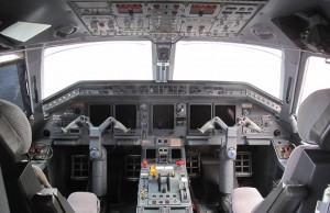 Cockpit of Embraer 135