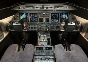 Cockpit of Learjet 40