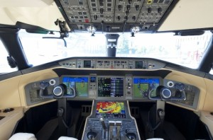 Cockpit of Learjet 70