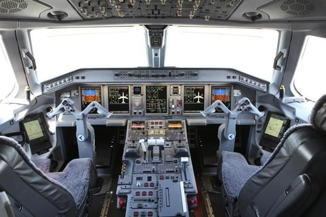 embraer lineage 1000 technical specs  history  picture