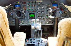 Learjet 31 Cockpit Pictures