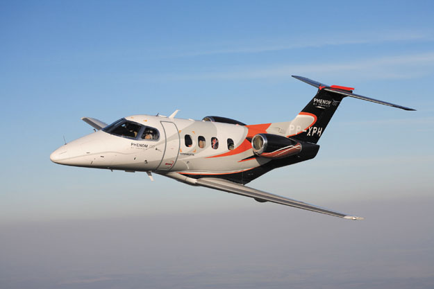 Embraer Phenom 100 Photos