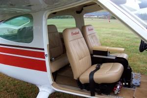 Cessna 177 Cardinal Inside