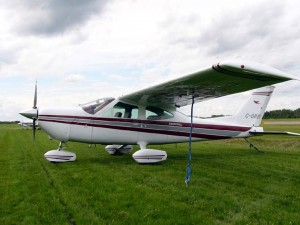 Cessna 177 Cardinal Photos